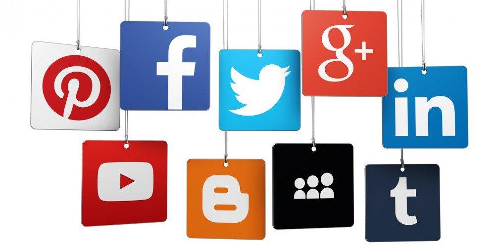 bigstock-Social-Media-Logotype-On-Tags